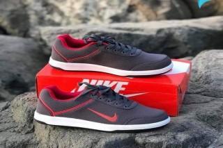 حذاء صناعة فتنامي