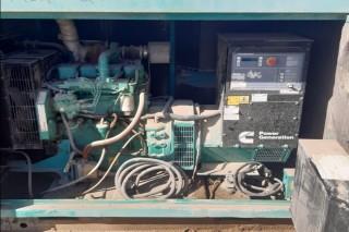 Generator Cumminsمولد كهرباء