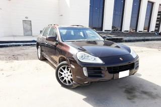 Porsche Cayenne S model 2010