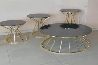 طاولات زجاجيه